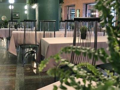Wnętrze restauracji 6